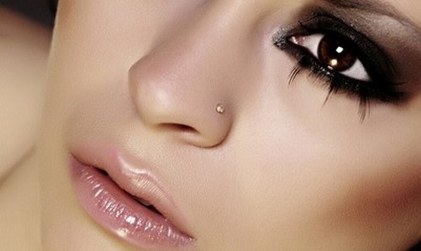 Cute Facial Piercings for Girls to Stand in VOUGUE0011