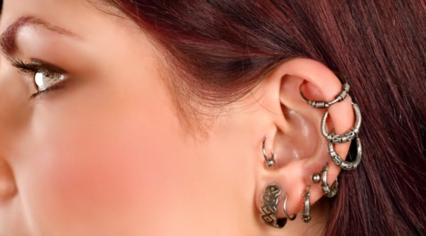 Cute Facial Piercings for Girls to Stand in VOUGUE0161