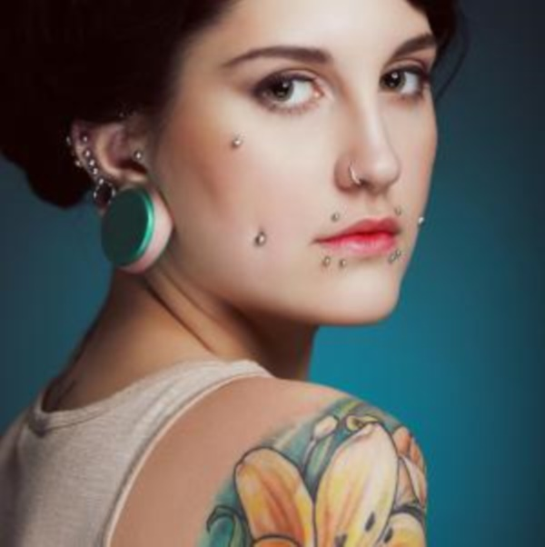 Cute Facial Piercings for Girls to Stand in VOUGUE0211
