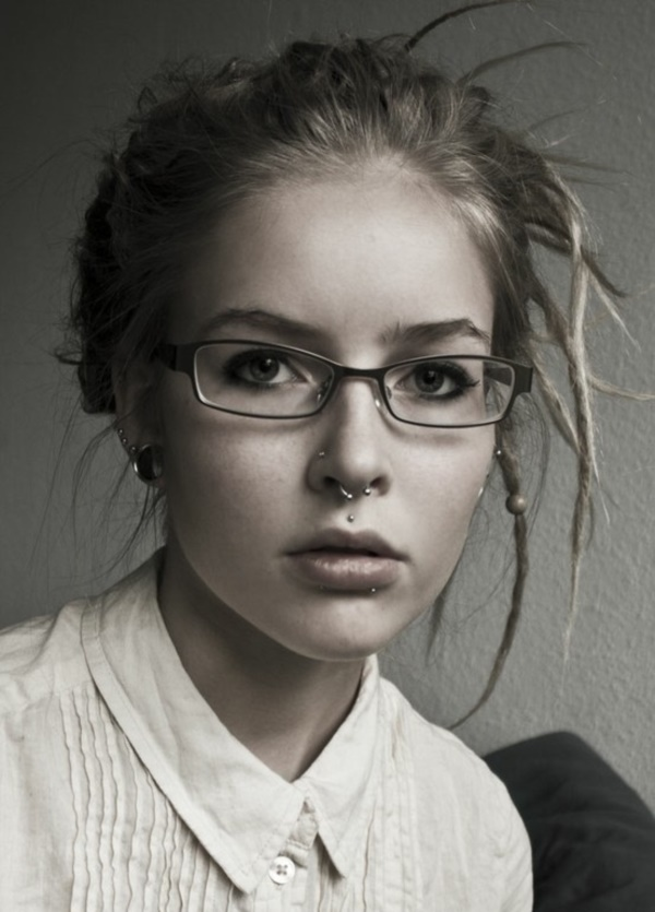 Cute Facial Piercings for Girls to Stand in VOUGUE0521