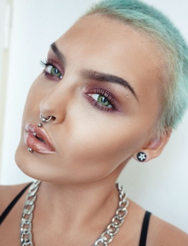 Cute Facial Piercings for Girls to Stand in VOUGUE0561