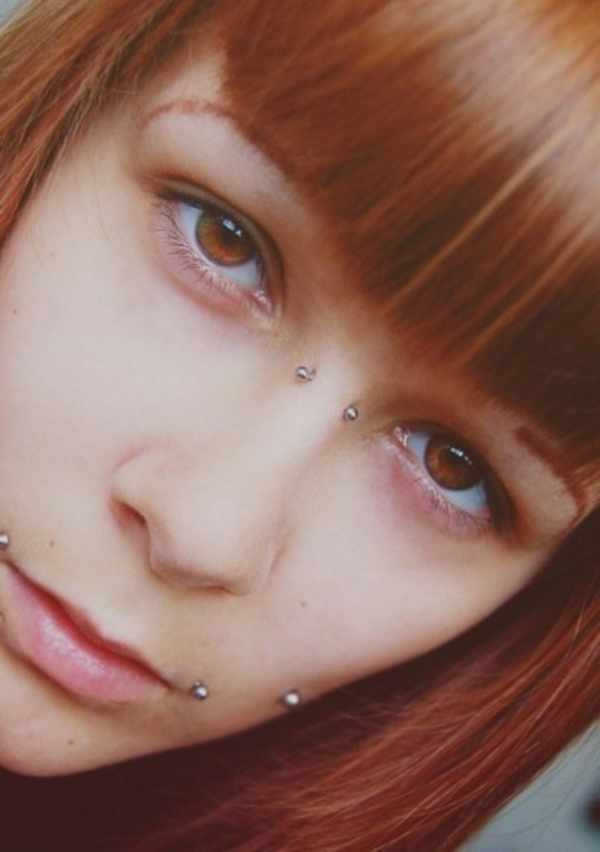 Cute Facial Piercings for Girls to Stand in VOUGUE0651