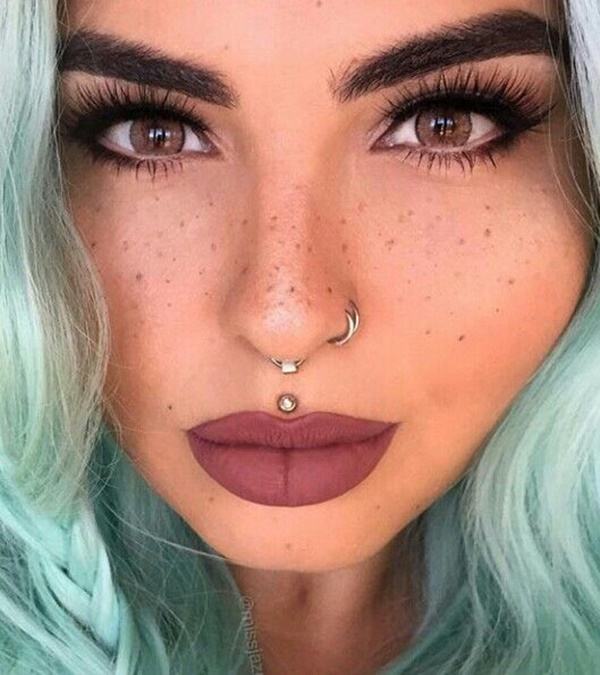 Double Nose Piercing (10)