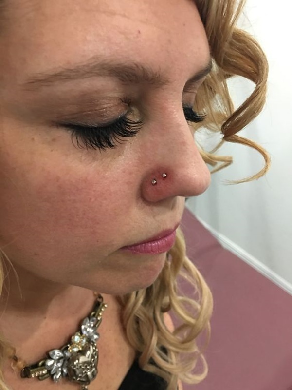 90 flattering double nose piercings for all face types double nose piercing 16 solutioingenieria Gallery