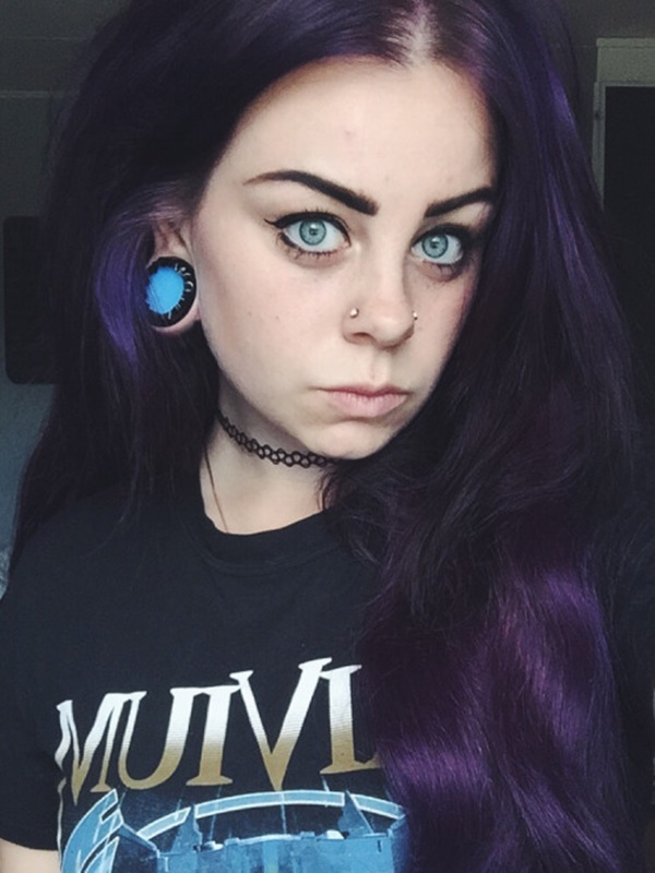 Double Nose Piercing (79)