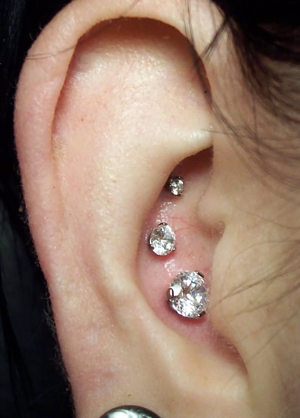 Inner & Outer Conch Piercing (68)