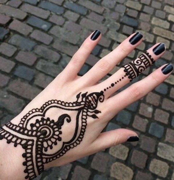 Design henna tattoo