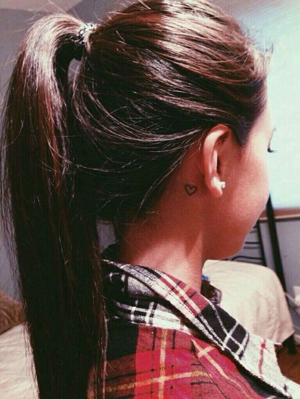 ear-tattoo-designs-ideas-22
