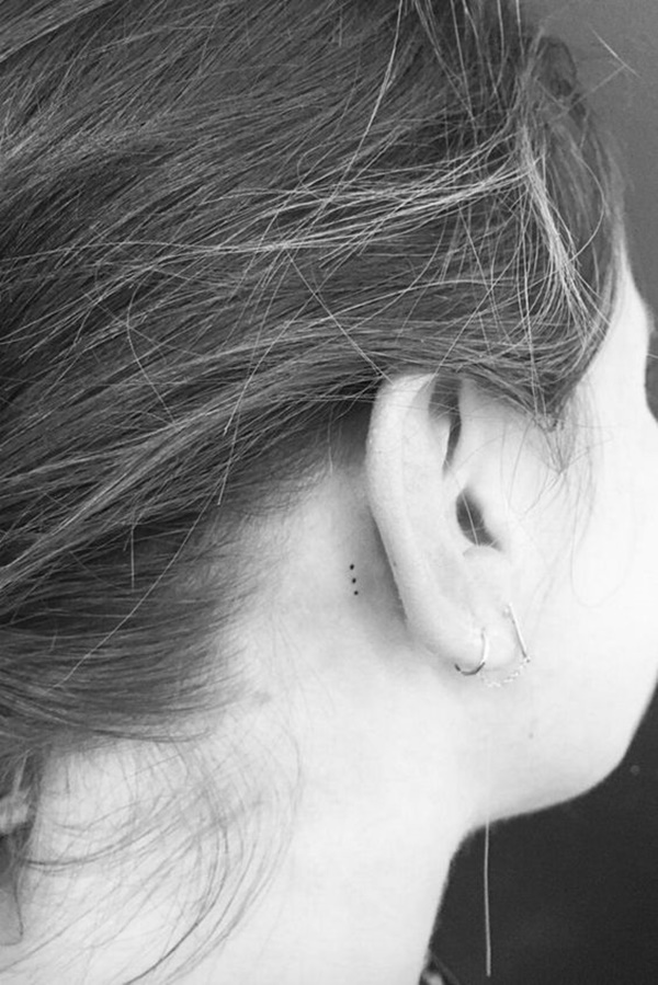 ear-tattoo-designs-ideas-35