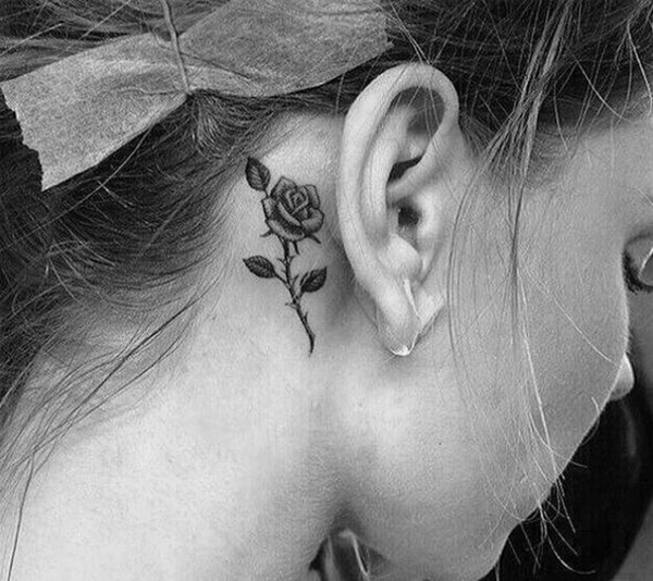 ear-tattoo-designs-ideas-42