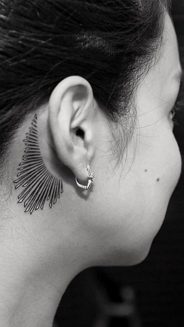 ear-tattoo-designs-ideas-49