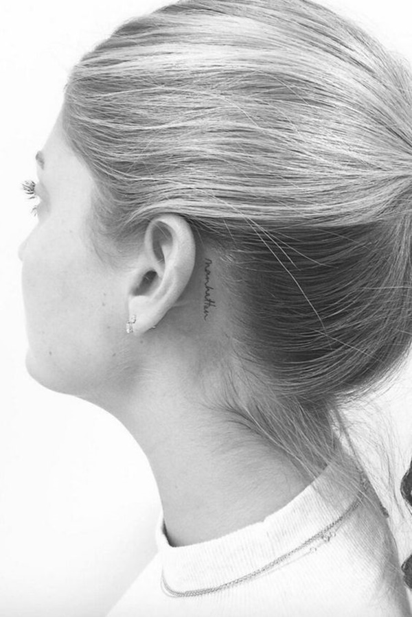 ear-tattoo-designs-ideas-52