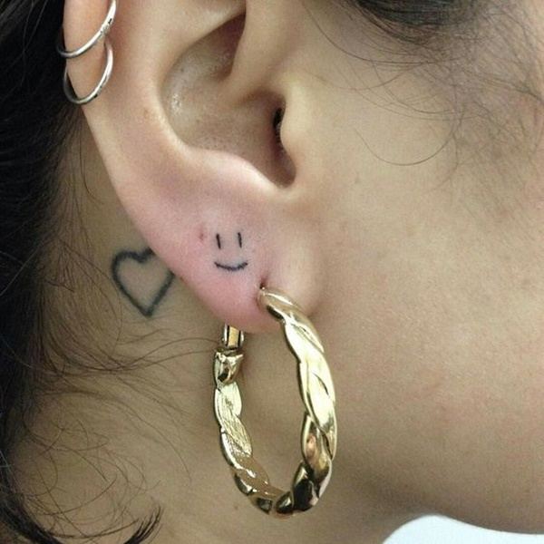 ear-tattoo-designs-ideas-55
