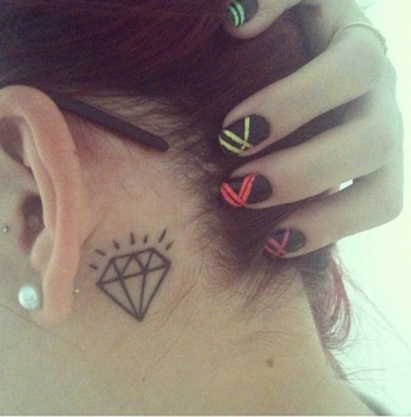 ear-tattoo-designs-ideas-71