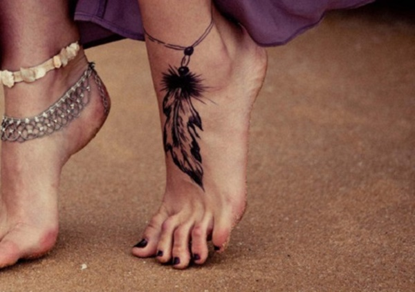 feather-tattoo-designs-31
