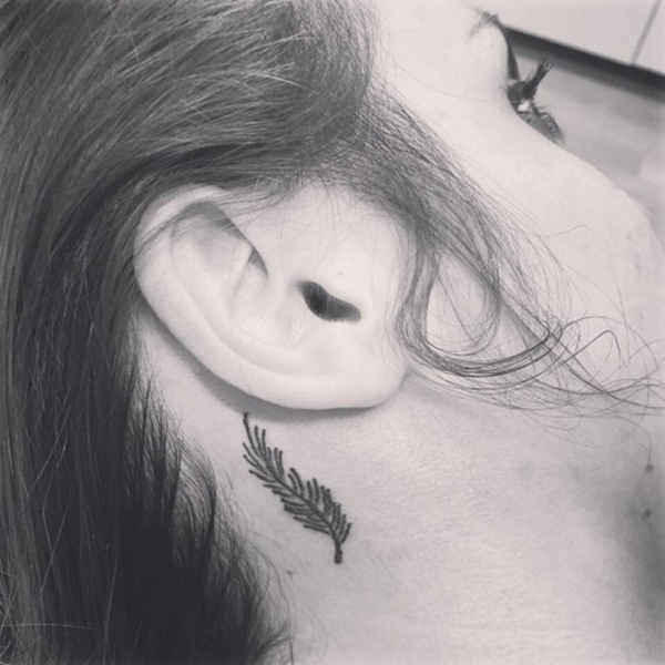 feather-tattoo-designs-86