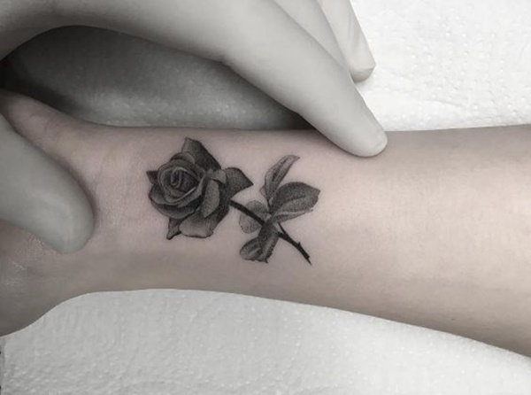 rose-tattoo-designs-50